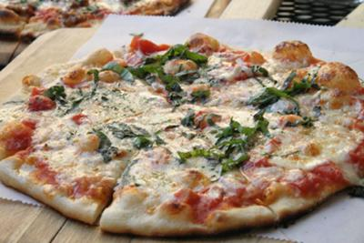 Signature Basilico Pizza